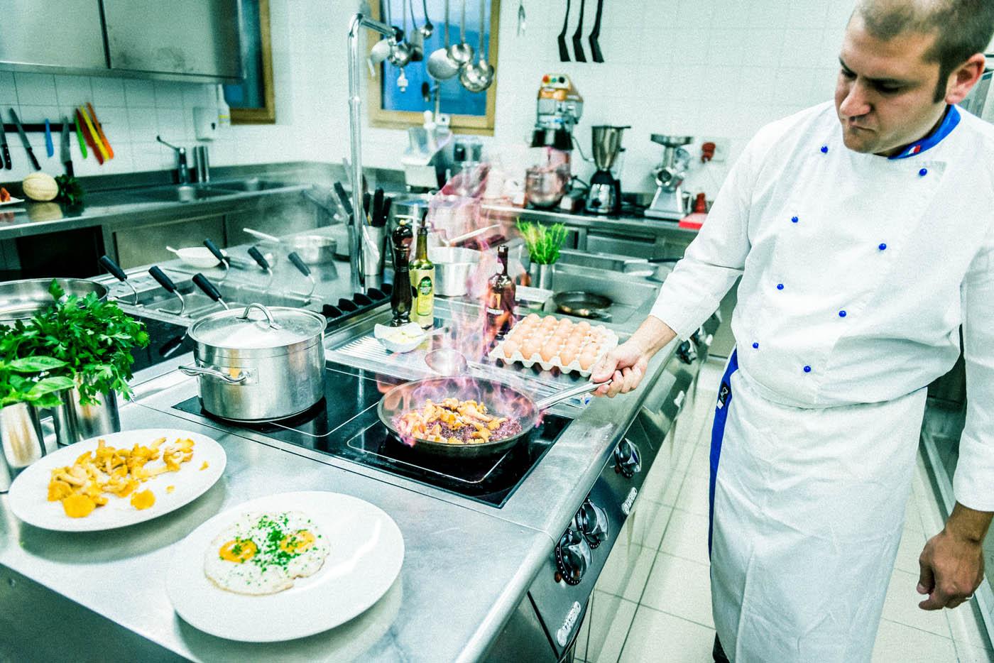 Restaurant and Kitchen - Boutique Hotel Villa Waldkönigin